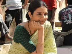 Sonal-Jha--Sapno--ke-Bhnwar-mein
